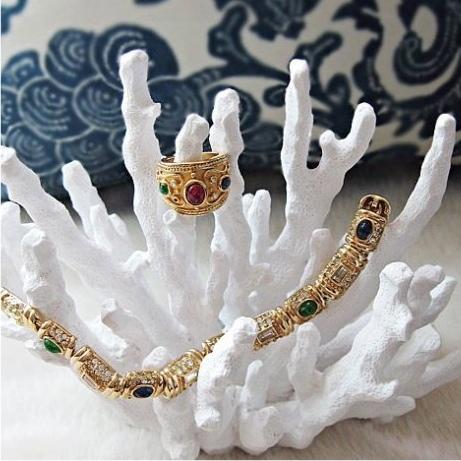 Vintage Jewelry | Sherman Oaks Antique Mall